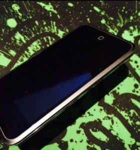 Плеер Apple iPod touch 1 8Gb