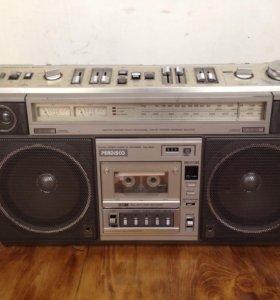 Магнитола Hitachi TRK-8800