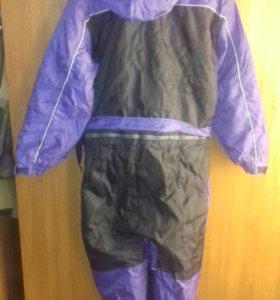 Продам корейский  термо костюм