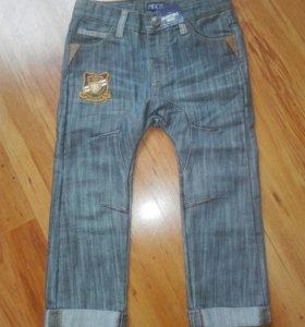 Новые джинсы MINOTI