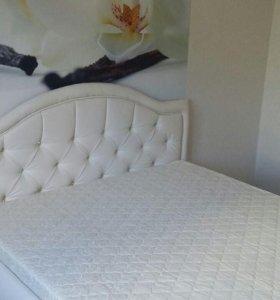 интерьерная кровать