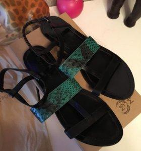 Новые сандалии Marco Bonne Италия