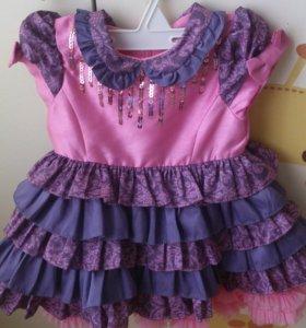 Платье нарядное для девочки на 6-12 месяцев
