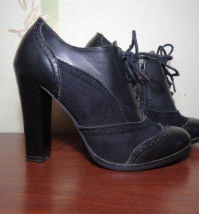 Ботильоны черные на шнурках