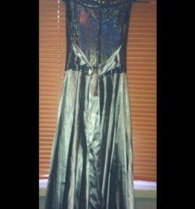 Красивое длинное платье!!