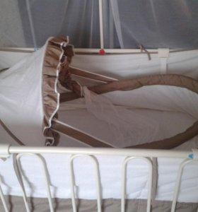 Кроватка металлическая  Geoby