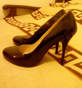 Лаковые туфли. Черные