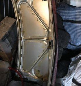 Крышка багажника на 2110