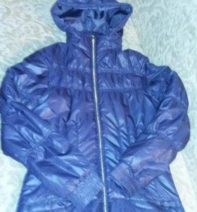 """Куртка """"Demix"""" рост 164."""