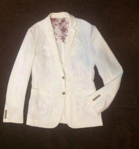 Пиджак белый D&G Дольче Габбана 50-52 . Новый.