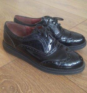 Женские кожаные ботинки 36