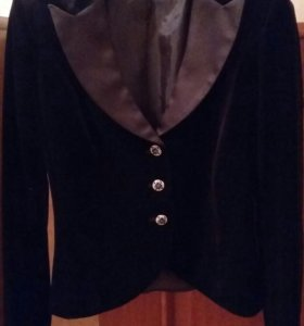 Бархатный костюм (жакет и юбка) новый