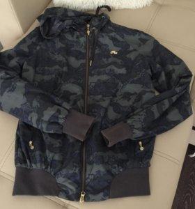 Ветровка Nike 44р