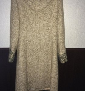 Пальто шерстяное 48