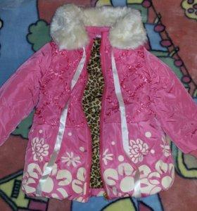 Куртка новая на девочку 3-4 года