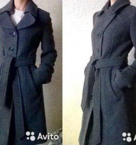 Демисезонное пальто (S)