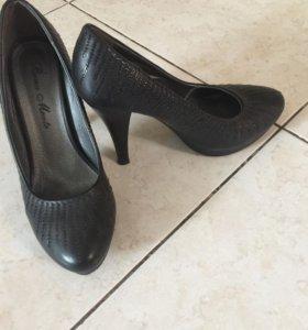 Туфли, р-р 37