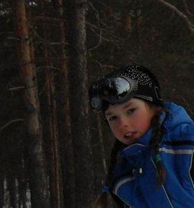 Куртка синяя балоневая на ребёнка  10 -11 лет