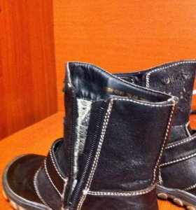Межсезонные ботинки для девочки