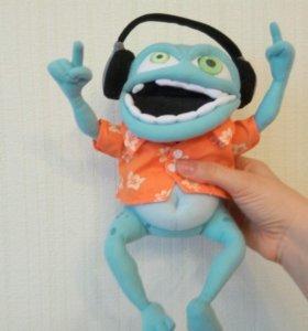 Crazy frog лягушка в наушниках