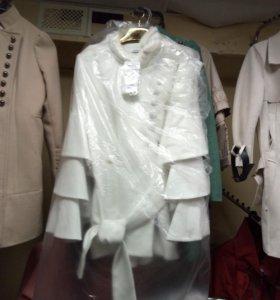 Пальто с норковой вставкой утепленное