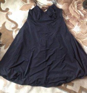 Пакет вещей:платья и свитер
