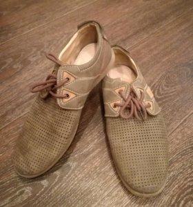 Весенние ботинки, кожанные сланцы