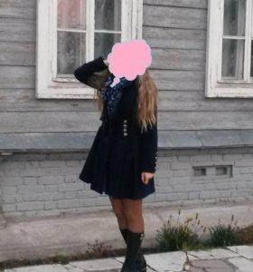 Женское осеннее пальто. Темно-синее