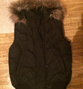 Тёплая жилетка куртка 46-48