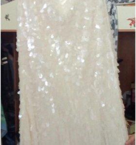 Платье в пайетках