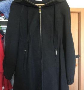 Продам пальто+🎁