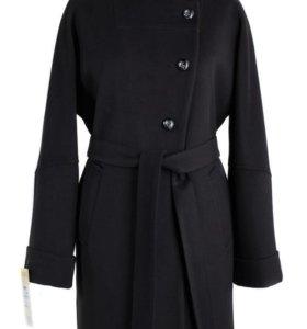 Пальто демисезонное новое!!