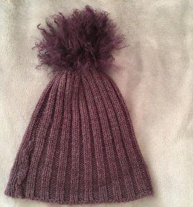 Продам шапку с помпоном из натуральной шерсти