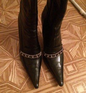 Сапожки осенние, туфли