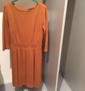 Трикотажное платье Tatuum