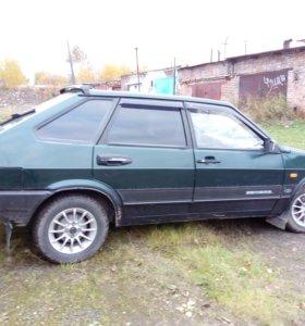 Автомобиль ВАЗ - 21093