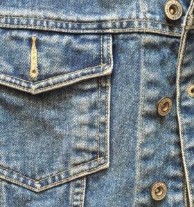 Жилет джинсовый.