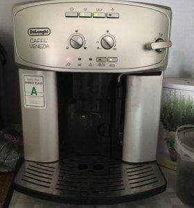 Кофемашина Delonghi автомат