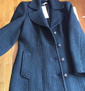 Новое фирменное пальто