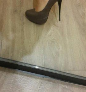 Туфли женские 35р.
