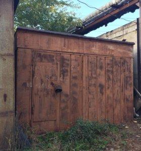 Железный гараж с местом в а/к Конструктор