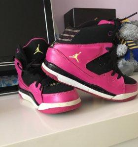 Кроссы Jordan