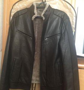 Утеплённая кожаная куртка с натуральным мехом