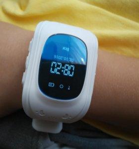 Белые часы с GPS Smart Baby Watch Q50