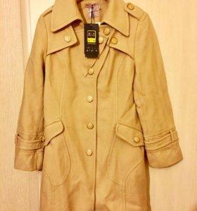 Пальто новое ВеСенее