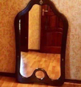 Зеркало в деревянной оправе, 107*62 см