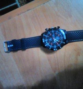 Часы наручные. Купил недавно хочу продать