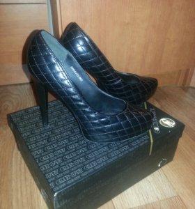 Туфли (натуральная кожа),  размер 37-38