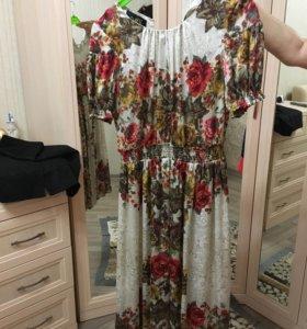 Продам срочно платье ! 1 раз одевали на 2 часа !