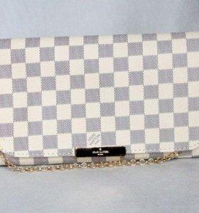 Сумка-клатч Louis Vuitton Favorit PM Damier